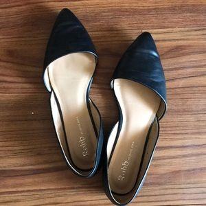 Shoes - Black flats 🍄